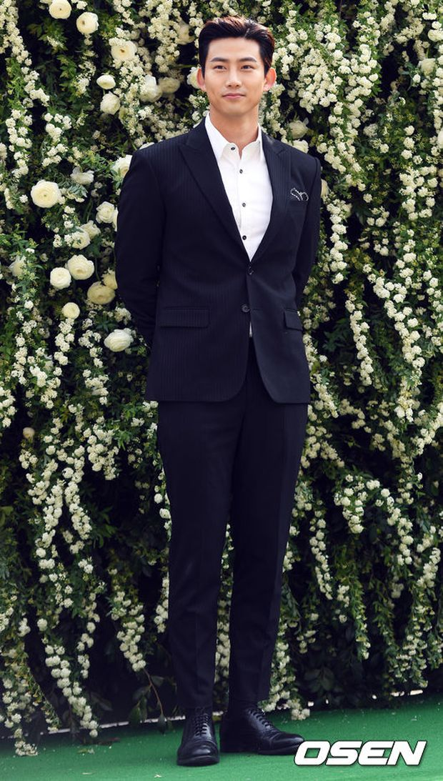 Hôn lễ đẹp nhất xứ Hàn: S.E.S tái hợp, chủ tịch SM Lee Soo Man cùng dàn sao khủng xuất hiện - Ảnh 23.