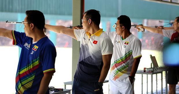 Hoàng Xuân Vinh bị loại ở nội dung từng giành HC bạc Olympic 2016 - Ảnh 1.