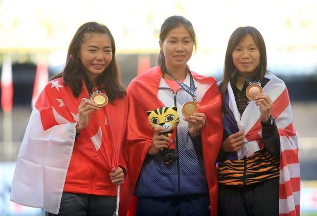 VĐV Việt Nam khóc tức tưởi vì bị chia HC vàng SEA Games - Ảnh 3.