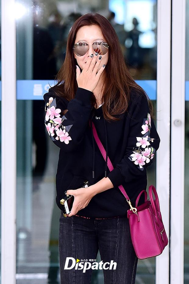 Kim Hee Sun cùng diễn viên gạo cội của Sắc đẹp ngàn cân bất ngờ đến Đà Nẵng nghỉ dưỡng - Ảnh 8.