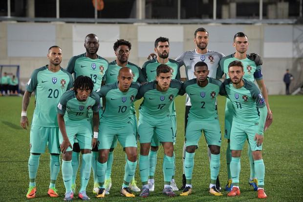 Cứu tinh Ronaldo giúp Bồ Đào Nha mở toang cánh cửa giành vé World Cup 2018 - Ảnh 3.