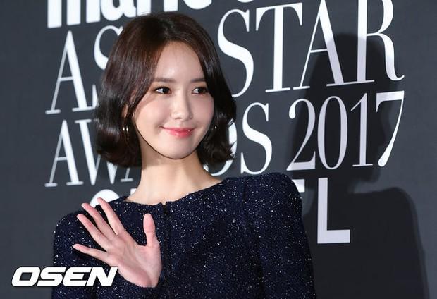Thảm đỏ LHP Busan: Yoona lộ chân gầy như sắp gãy, Moon Geun Young dọa fan, sao nhí Dream High lột xác - Ảnh 5.