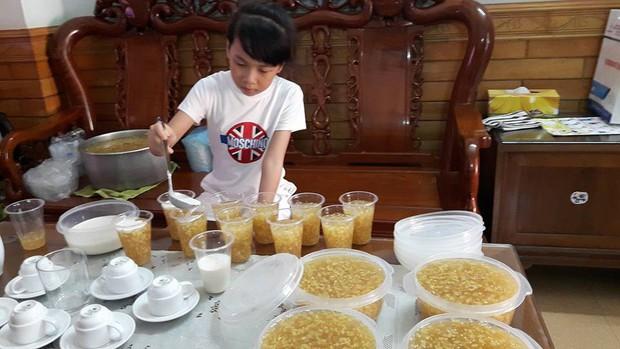 Cô bé Bống bán chè bưởi Tuyên Quang: Tự lập tài chính từ lớp 2, 10 tuổi đã sắm iPhone, laptop! - Ảnh 4.