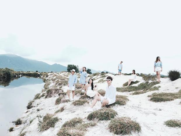 Nhìn bộ ảnh đáng yêu quên sầu của nhóm bạn thân này, ai dám bảo đi du lịch Quảng Ninh là ít chỗ để pose! - Ảnh 3.