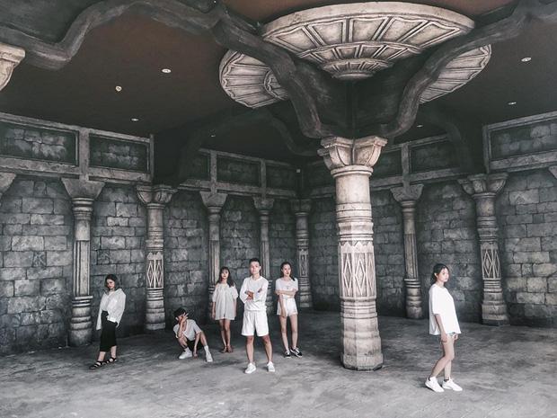 Nhìn bộ ảnh đáng yêu quên sầu của nhóm bạn thân này, ai dám bảo đi du lịch Quảng Ninh là ít chỗ để pose! - Ảnh 7.