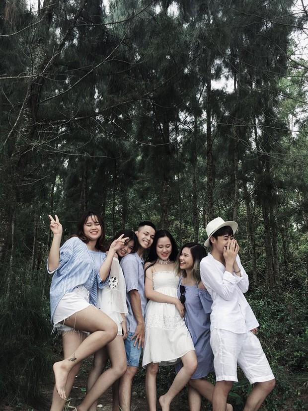 Nhìn bộ ảnh đáng yêu quên sầu của nhóm bạn thân này, ai dám bảo đi du lịch Quảng Ninh là ít chỗ để pose! - Ảnh 2.