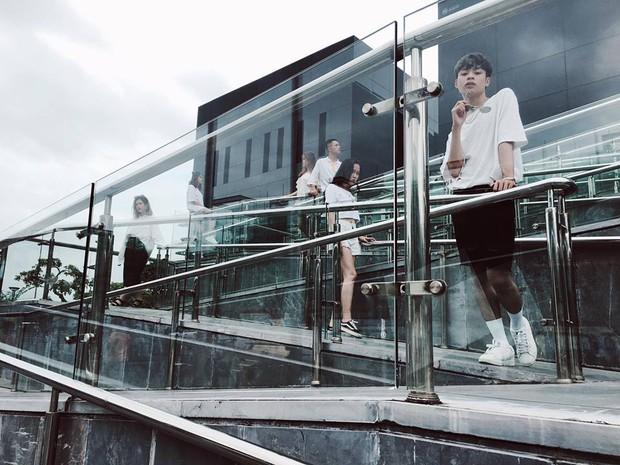 Nhìn bộ ảnh đáng yêu quên sầu của nhóm bạn thân này, ai dám bảo đi du lịch Quảng Ninh là ít chỗ để pose! - Ảnh 13.