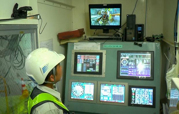 Cận cảnh hầm Metro Bến Thành - Suối Tiên dần rõ dáng sau gần 100 ngày thi công giữa lòng Sài Gòn - Ảnh 17.