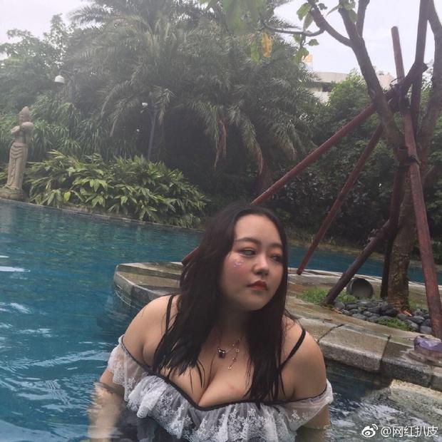 Biết ảnh là ảo rồi, nhưng nhan sắc thật của các hot girl mạng xã hội Trung Quốc vẫn khiến cho nhiều người phải ngã ngửa - Ảnh 2.