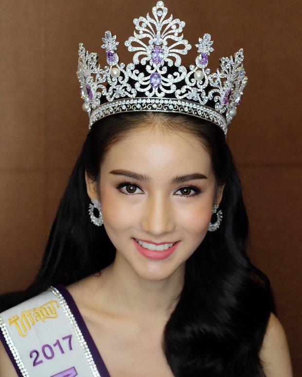 Hậu đăng quang, Hoa hậu chuyển giới Thái Lan 2017 lại khiến dân tình náo loạn vì đẹp đến mức khó tin - Ảnh 8.