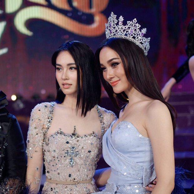 Hoa hậu chuyển giới Thái Lan 2017, Nong Poy, cựu Hoa hậu trong cùng một khung hình: Ai đẹp hơn? - Ảnh 4.