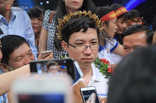 Nhà vô địch Olympia Nhật Minh nói về áp lực trên MXH trước chung kết: Mình không phải là người hay tìm hiểu những thông tin về bản thân - Ảnh 5.