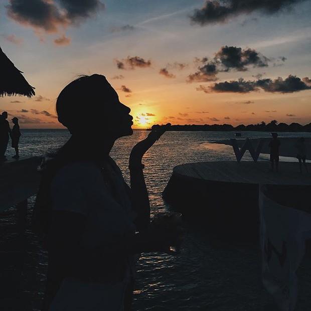 Tưởng đến Maldives nghỉ dưỡng, nào ngờ Châu Bùi được làm gương mặt thương hiệu cho Reebok - Ảnh 3.