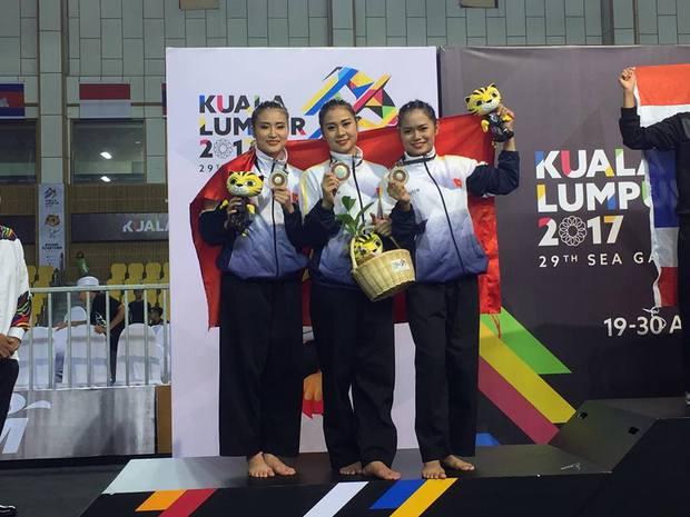 Hoa khôi làng võ vẫn ấm ức vì không thắng được trọng tài ở SEA Games 29 - Ảnh 1.