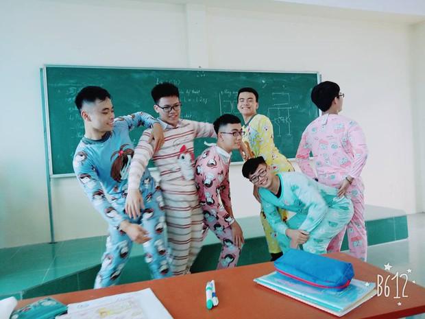 Nhất quỷ nhì ma, thứ 3 lớp em trai Sơn Tùng: Con trai mặc đồ ngủ 7 sắc cầu vồng tạo dáng chụp hình - Ảnh 6.