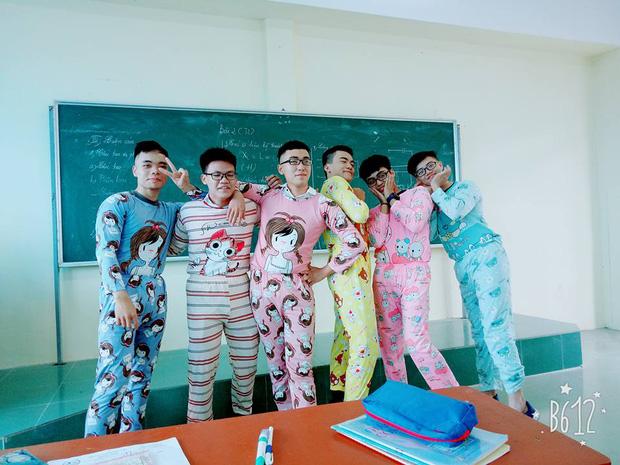 Nhất quỷ nhì ma, thứ 3 lớp em trai Sơn Tùng: Con trai mặc đồ ngủ 7 sắc cầu vồng tạo dáng chụp hình - Ảnh 2.