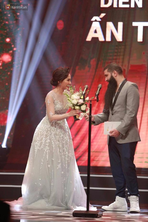 Người phán xử và Sống chung với mẹ chồng chia nhau hết giải về phim ảnh của VTV Awards - Ảnh 4.