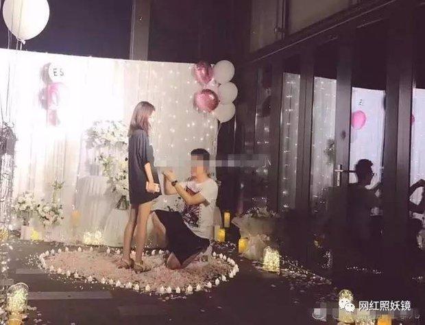 Bạn gái cũ xinh đẹp của đại thiếu gia Vương Tư Thông gây chú ý vì tiệc đính hôn xa hoa với phú nhị đại - Ảnh 3.
