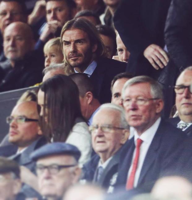 David Beckham tóc dài lãng tử xuất hiện ở Nhà hát của những giấc mơ - Ảnh 1.