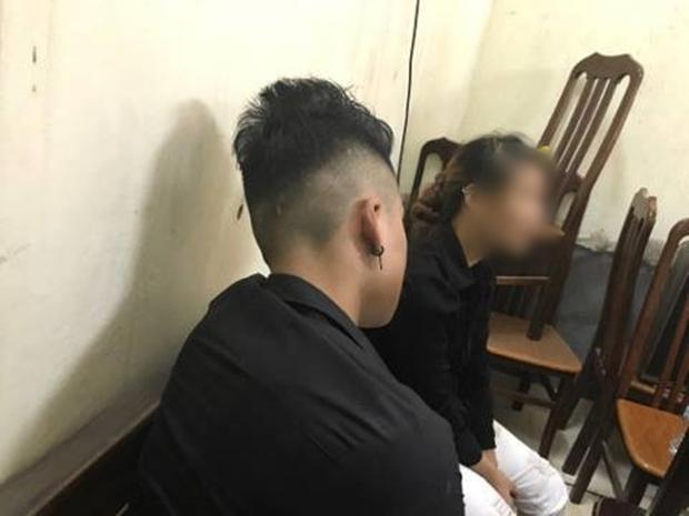 Cô gái trẻ bị lột đồ tại phố Hàng Mã đêm Trung thu: Tôi bị người phụ nữ cắn vào mặt nên mới có hành động tự vệ - Ảnh 3.