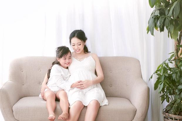 Sau đám cưới bạc tỷ, Hằng Túi khoe ảnh bầu xinh đẹp trước ngày sinh - Ảnh 5.