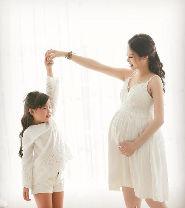 Sau đám cưới bạc tỷ, Hằng Túi khoe ảnh bầu xinh đẹp trước ngày sinh - Ảnh 3.