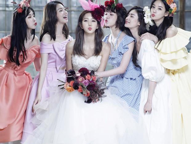 Hình cưới của cựu thành viên After School gây bão: Toàn phù dâu mỹ nhân chân dài, đẹp như poster MV - Ảnh 4.