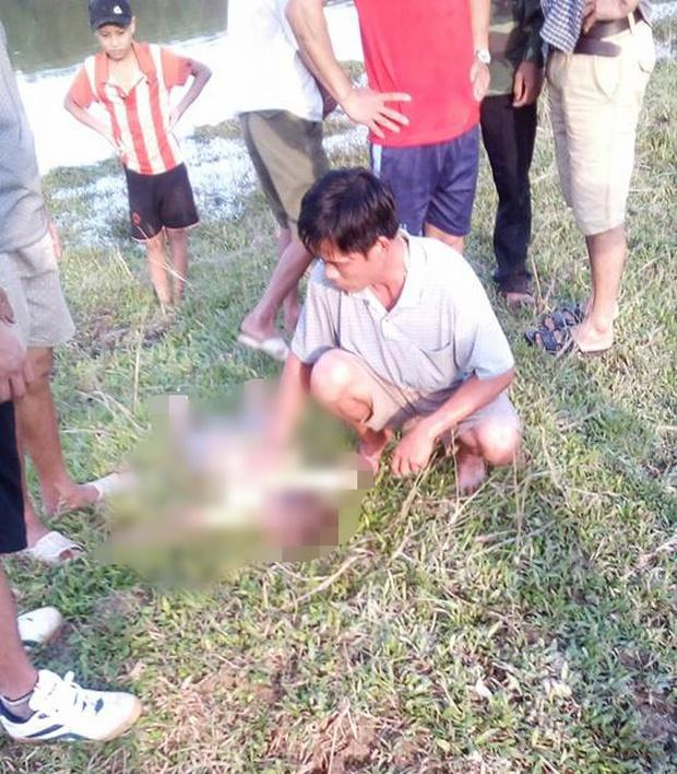 Nghệ An: Trượt chân xuống ruộng, hai cháu bé mới 3, 4 tuổi tử vong thương tâm - Ảnh 1.