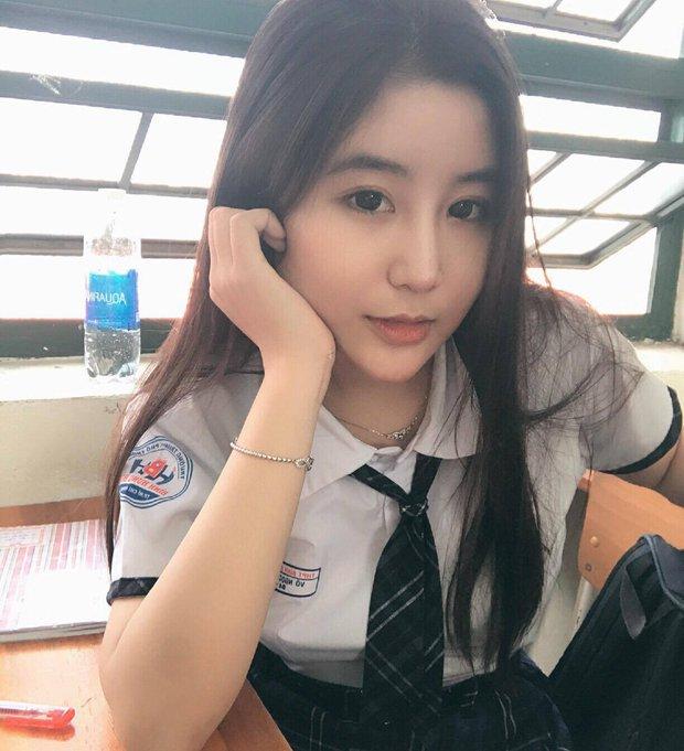 Nữ sinh 10X Sài Thành bị săm soi vì sở hữu vòng 1 đẫy đà - Ảnh 7.