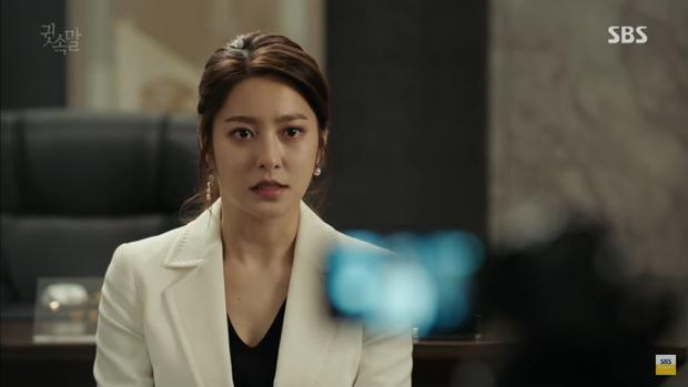 """""""Whisper"""": Lee Sang Yoon và vợ """"tình tứ"""" ngay trước mặt Lee Bo Young - Ảnh 27."""