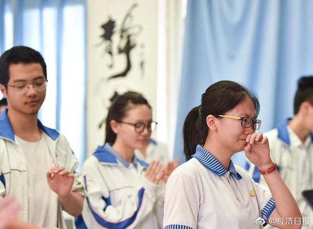 Trung Quốc nóng hừng hực trong mùa Gaokao - một trong những kỳ thi khốc liệt nhất thế giới - Ảnh 5.