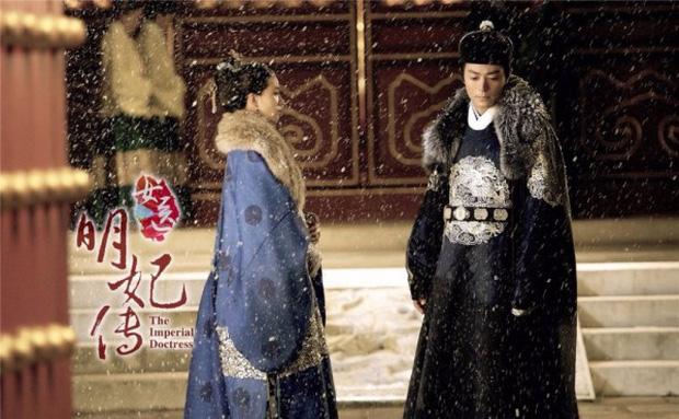 Khoảnh khắc đáng nhớ của 13 cặp đôi màn ảnh Trung dưới trời đông lành lạnh - Ảnh 23.