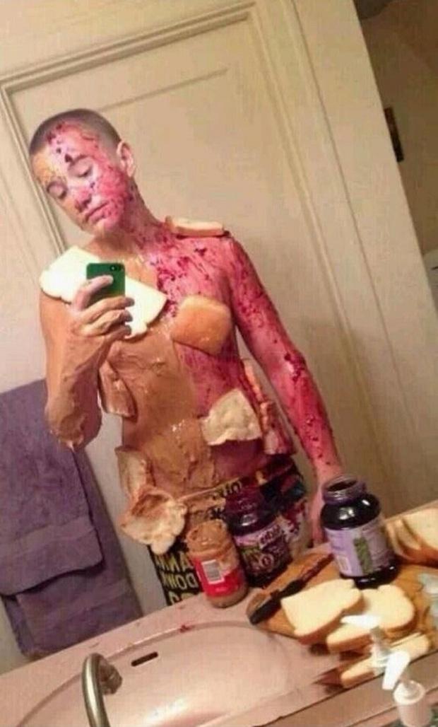 Đây là những kiểu selfie cần được chôn ngay kẻo đẻ trứng - Ảnh 17.