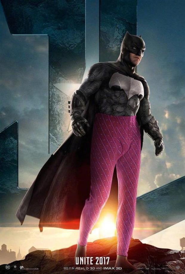 Cười lăn khi siêu anh hùng Justice League bận đồ không giống ai đi cứu thế giới - Ảnh 2.