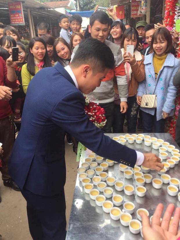Đám cưới độc ở Lạng Sơn: Nhà τɾɑι uống hết 100 chén ɾυ̛ợυ mới được vào đón dâu gây ᶍôᶇ ᶍao - Ảnh 3.