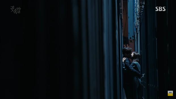 """""""Whisper"""": Đây là cách Lee Bo Young khiến Lee Sang Yoon ngậm miệng - Ảnh 27."""