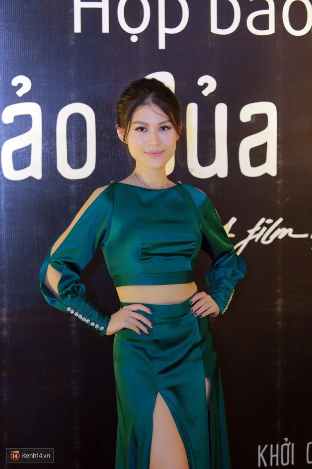 Mặc trời nóng, Đàm Vĩnh Hưng và Dương Triệu Vũ vẫn ra Hà Nội ủng hộ phim của cháu gái - Ảnh 5.