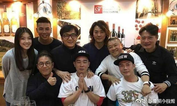 Fan TVB mừng húm vì Người Trong Giang Hồ toàn dàn cast xịn chuẩn bị lên sóng năm 2018 - Ảnh 3.
