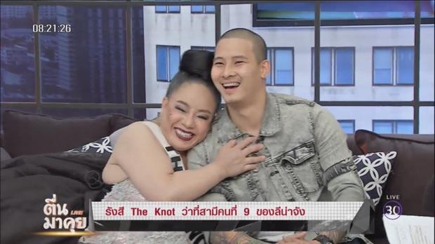 Nữ đại gia Thái Lan lại đổi chồng, chưa đầy 1 tháng từ 9 chồng thành 12 chồng rồi - Ảnh 5.