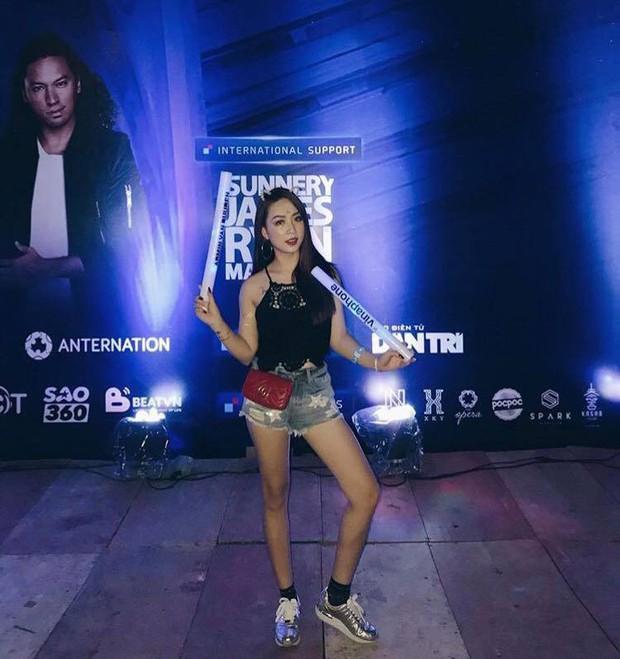 Đi rave show Armin và đây là những cô nàng nóng bỏng nhất! - Ảnh 13.