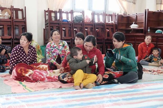 Người dân cả nước thở phào: Siêu bão Tembin giảm cấp và tâm bão không vào đất liền Việt Nam - Ảnh 1.