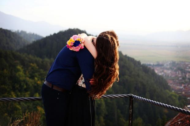 Tình yêu chưa bao giờ là tất cả, và tình yêu đích thực cũng không chỉ có duy nhất ở trên đời! - Ảnh 2.