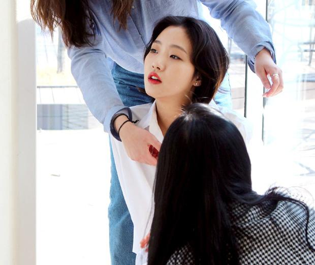 Trước bị chê xấu, nữ diễn viên Goblin Kim Go Eun đột ngột gây chú ý vì quá xinh đẹp - Ảnh 5.