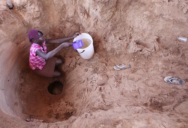 Ngày Nước thế giới, nhìn lại những bức hình ám ảnh về thực trạng khan hiếm nước trên toàn thế giới - Ảnh 3.