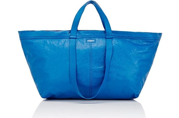 Túi 50 triệu của Balenciaga trông hệt như túi nhựa 2 chục nghìn được bán ở IKEA - Ảnh 1.