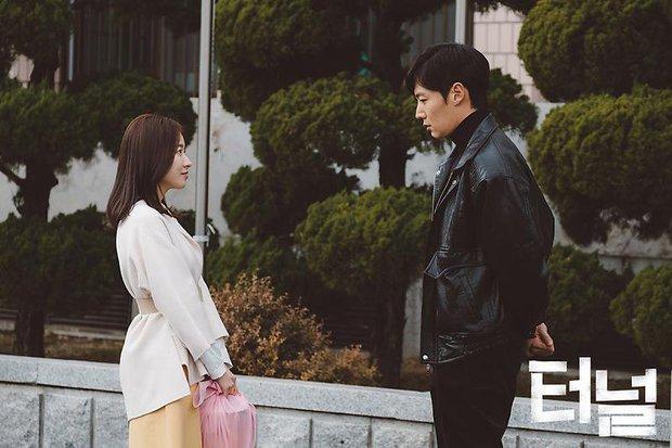 9 phim hình sự, trinh thám xứ Hàn mà bạn không thể bỏ qua - Ảnh 24.