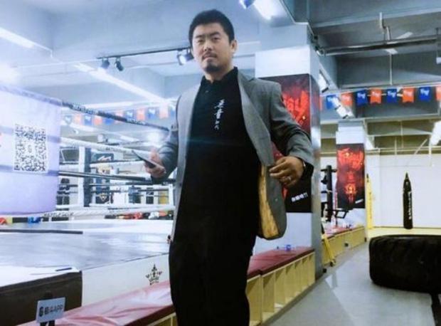 Cao thủ Thái Cực Quyền bị võ sĩ MMA hạ đo ván trong vài giây ngắn ngủi - Ảnh 7.