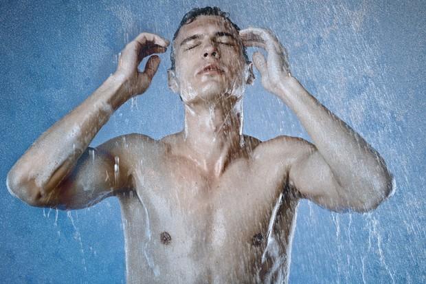 5 cách giải nhiệt mùa nắng nóng ai cũng mắc phải khiến sức khỏe nguy hại không ngờ - Ảnh 2.