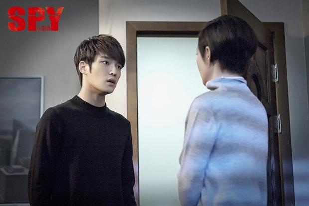Muôn vẻ nghề điệp viên trên màn ảnh xứ Hàn - Ảnh 2.