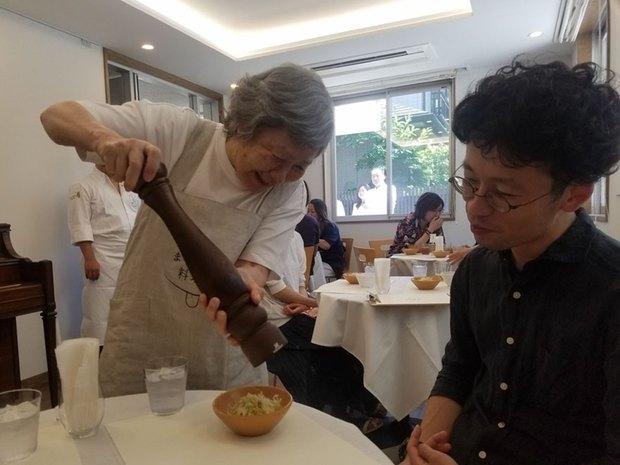 Ghé thăm nhà hàng ở Nhật Bản nơi thực khách yêu cầu món này nhưng lại được phục vụ món kia - Ảnh 3.